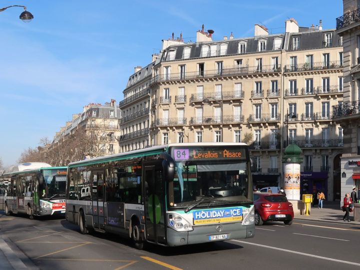 Paris Bus No. 84