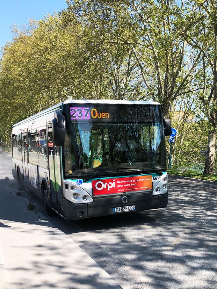 パリ バス 237番線