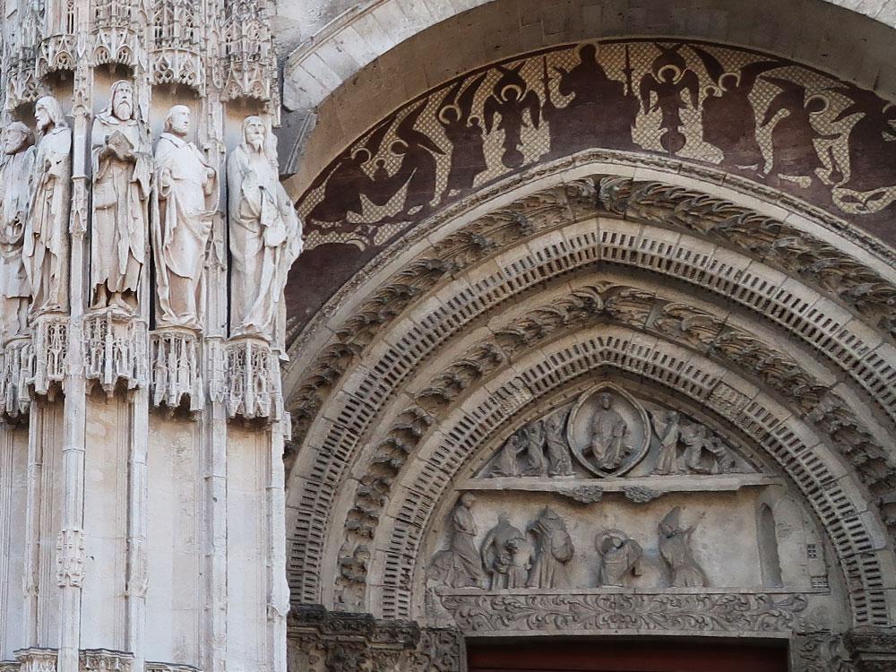 Le portail Notre-Dame