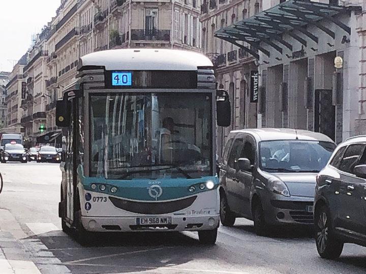 パリ バス 40番線