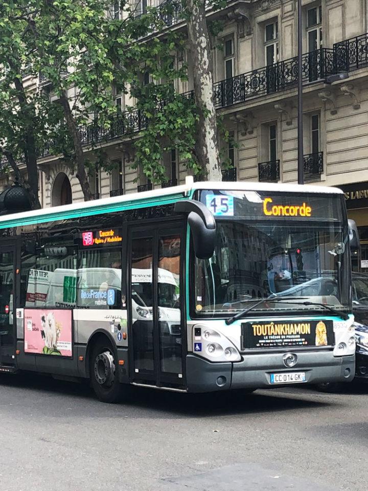 パリ バス 45番線